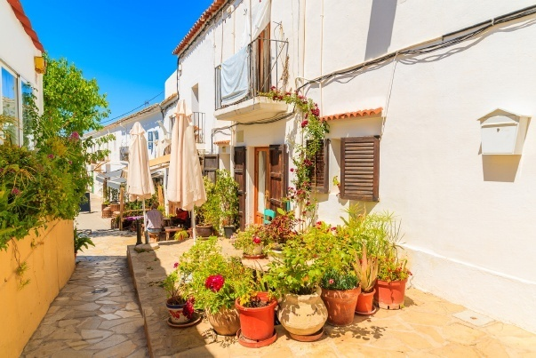 Property for sale in Sant Joan - live on the sunny side