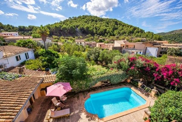 Immobilien Cala Fornells: Finca, Apartment & Villa kaufen
